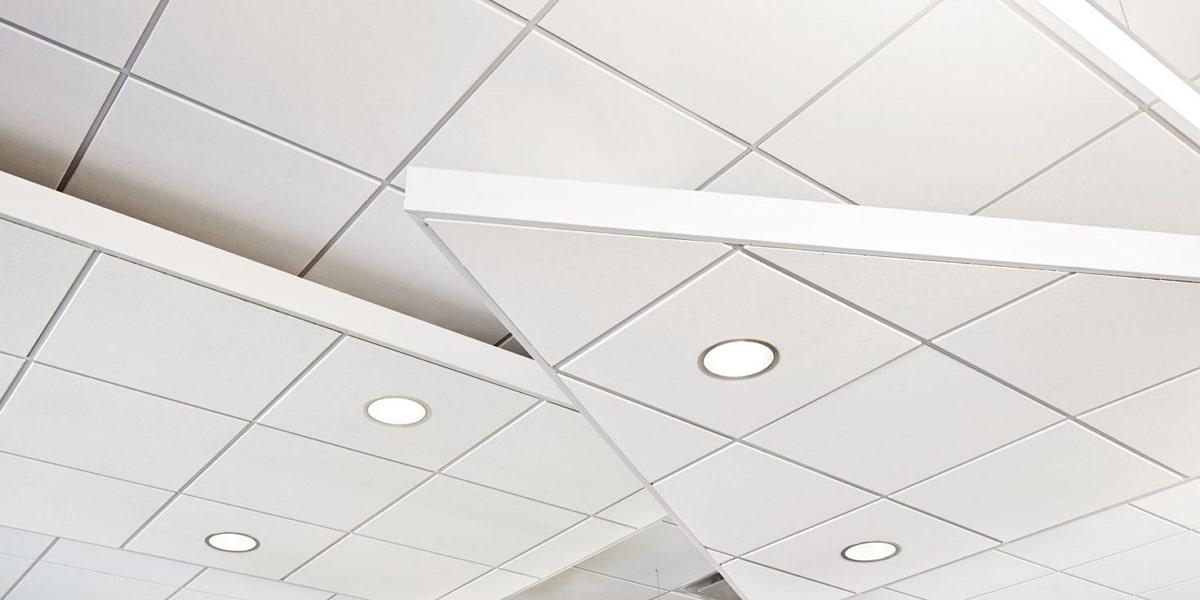 Проверка монтажа подвесного потолка Армстронг фото 1